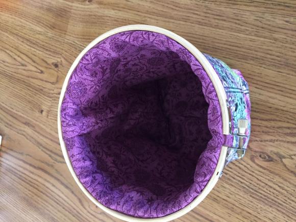 image from http://sunroomquilts.typepad.com/.a/6a0148c837b3a6970c01b7c8b36b4e970b-pi