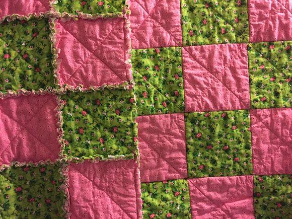 image from http://sunroomquilts.typepad.com/.a/6a0148c837b3a6970c01b8d103dfde970c-pi