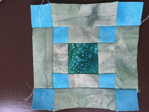 image from http://sunroomquilts.typepad.com/.a/6a0148c837b3a6970c01bb0874babc970d-pi