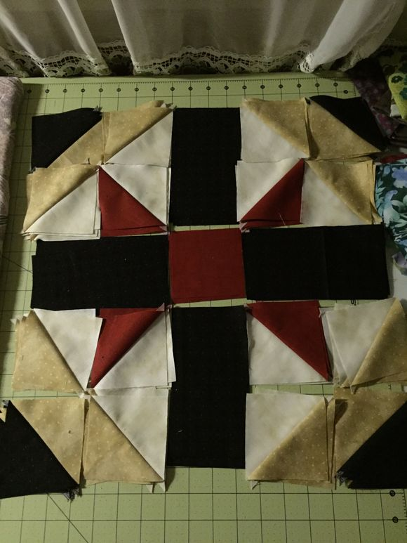 image from http://sunroomquilts.typepad.com/.a/6a0148c837b3a6970c01b7c80e2ee8970b-pi